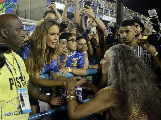 Ivete Sangalo e Maria Bethânia (Foto: Roberto Teixeira / EGO)