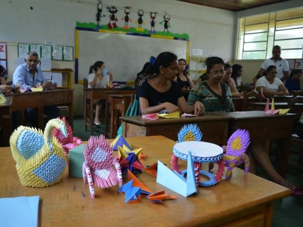 Curso de condutores de transporte escolar oferecido pela Secretaria Municipal de Educação é ministrado pela escola pública do Detran (Foto: Magda Oliveira/G1)