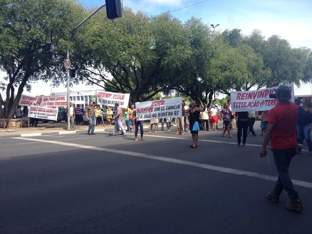 Protesto ocorreu na manhã desta segunda (22) no Centro Cívico, em Boa Vista (Foto: Emily Costa/ G1 RR)