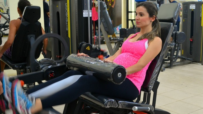 Grávida de 6 meses, publicitária dá dicas de treinos em rede social no Acre (Foto: Quésia Melo/G1)