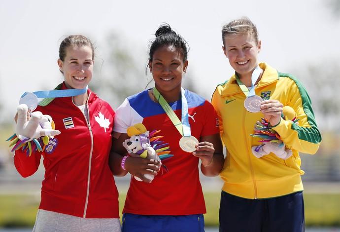 Michelle Russell (Canadá), Yusmari Mengana (Cuba) e a brasileira Ana Paula Vergutz (Foto: Jeff Swinger-USA TODAY Sports)