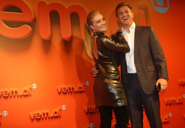 Angélica e Luciano Huck na festa Vem Aí (Foto: Iwi Onodera / EGO)