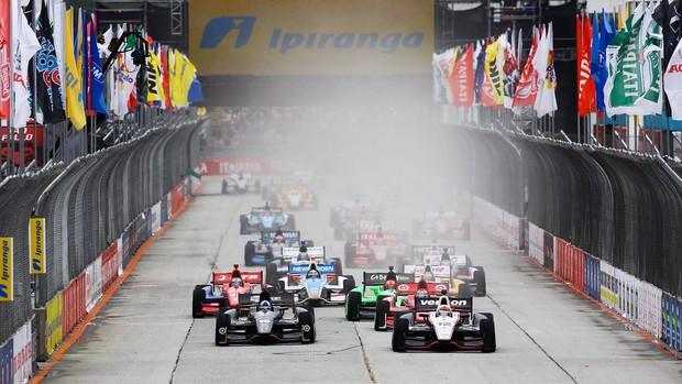 Largada da prova da Fórmula Indy em São Paulo 2012 (Foto: Carsten Horst / FotoArena)