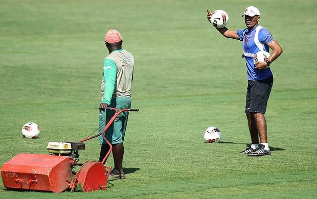 Cristóvão Borges no treino do Vasco (Foto: Alexandre Cassiano / Agência O Globo)