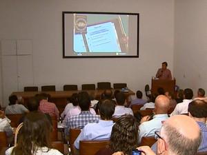 Dados do Fundecitris foram divulgados nesta quinta, em Araraquara (Foto: Reginaldo dos Santos/EPTV)