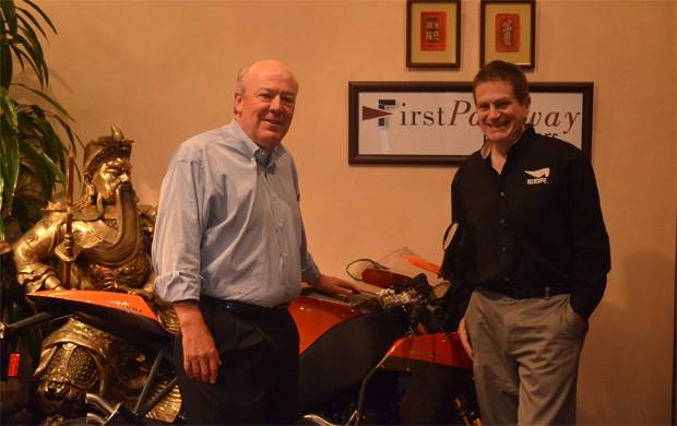 Bob Kraft e Erik Buell (Foto: Divulgação)