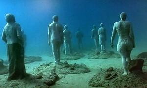 Museu é construído a 15 m de profundidade no mar