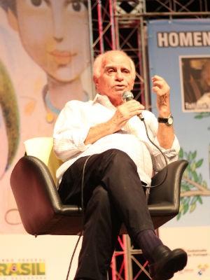 Ignácio de Loyola Brandão falou sobre a idade, vida e morte (Foto: Jéssica Balbino/ G1)