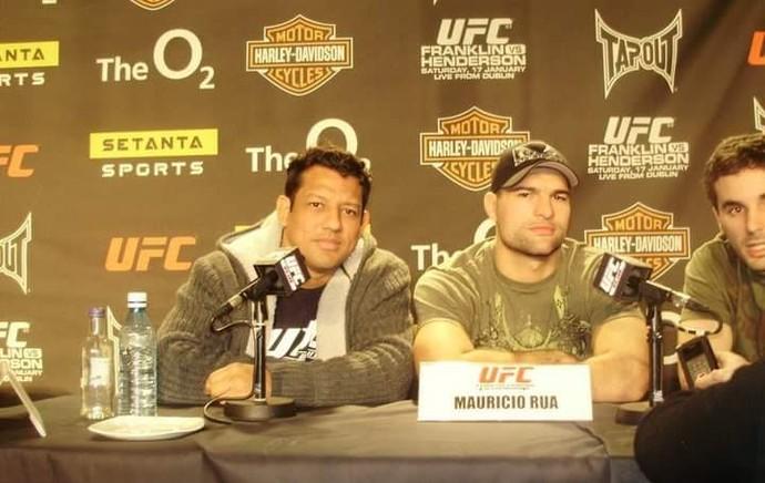 Carioca e o ex-campeão do UFC Mauricio Shogun (Foto: Imagem/Divulgação)