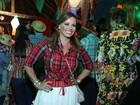 Famosos se divertem em festa junina organizada por Alcione