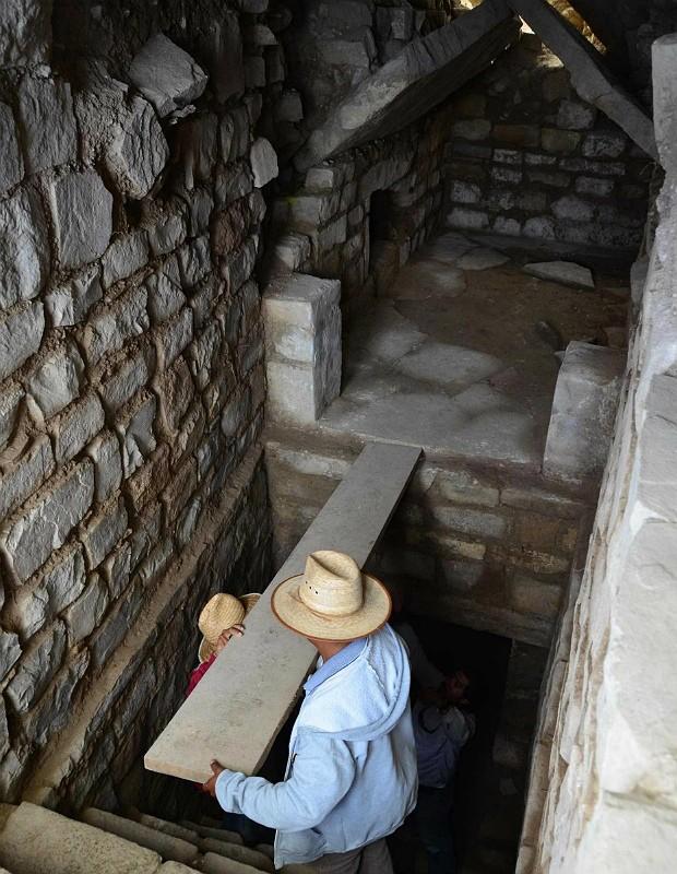 Complexo funerário (Foto: INAH/Reuters)