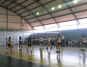 Equipe de Vilhena (amarelo) no Joer (Foto: Eliete Marques)