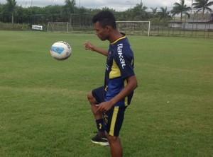 Laionel, em treino do Voltaço (Foto: Vinicius Lima/GloboEsporte.com)