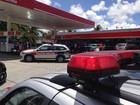 Homem é morto em posto de combustível (Walter Paparazzo/G1)