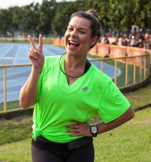 Fernanda Souza esbanja alegria na competição (Foto: Fabiano Battaglin/Gshow)