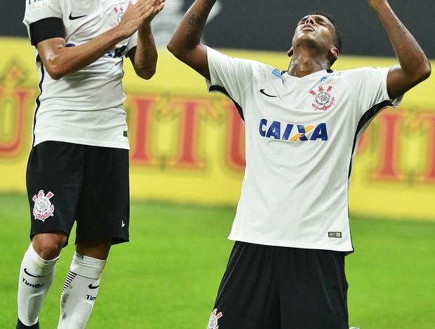 Gol Jô Corinthians x Luverdense