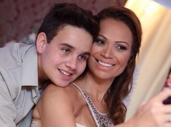Rafael Land, filho da cantora Solange Almeida, lança single  (Foto: Divulgação)