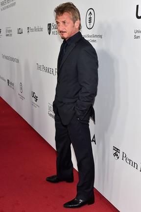 Sean Penn em evento beneficente em Los Angeles, nos Estados Unidos (Foto: Mike Windle/ Getty Images/ AFP)