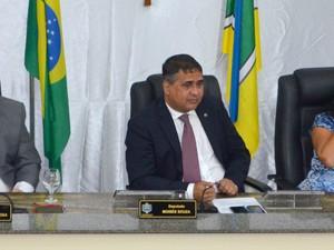 Moisés Souza foi reeleito presidente da Assembleia do Amapá (Foto: Abinoan Santiago/G1)