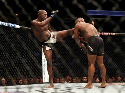 Jon Jones, Daniel Cormier, UFC 214, MMA (Foto: Getty Images)