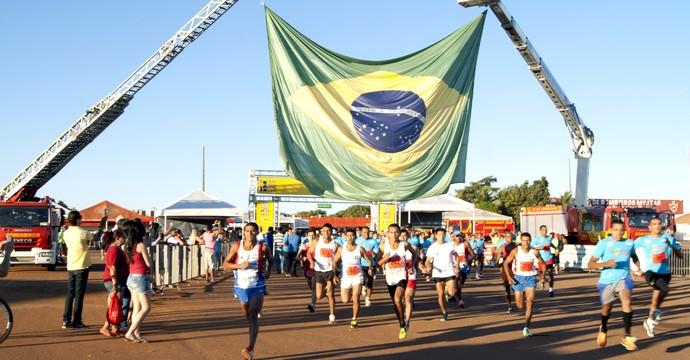 Corrida do Fogo - Tocantins (Foto  Cláudia Santos ASCOMBombeiros ) f6156177294cd