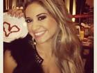 Mayra Cardi posta no Twitter homenagem de 'amigo galanteador'