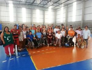 Mães e filhos do JF Paralímpico Juiz de Fora (Foto: Roberta Oliveira)