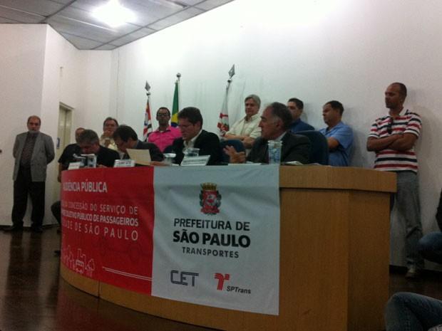 Prefeitura de São Paulo mostra plano para mudar linhas de ônibus em audiência pública (Foto: Isabela Leite/G1)