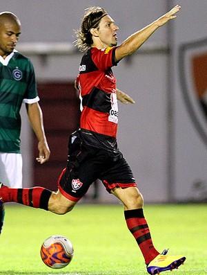 xuxa vitória gol goiás (Foto: felipe Oliveira / Globoesporte.com)