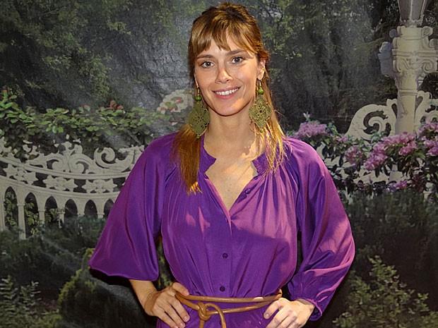 Carolina emagreceu para viver a iludida Jéssica (Foto: Salve Jorge/TV Globo)