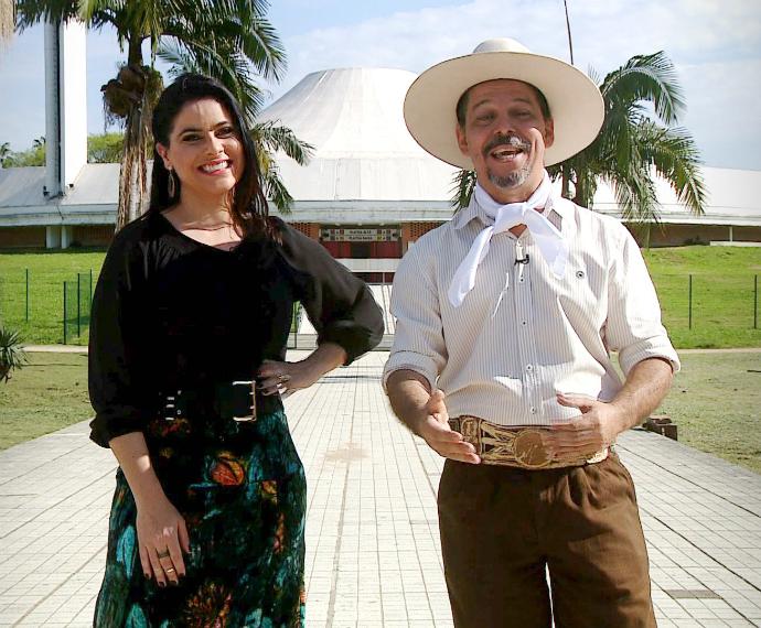 Auditório Araújo Vianna recebe atrações do programa Galpão Crioulo (Foto: Reprodução/RBS TV)