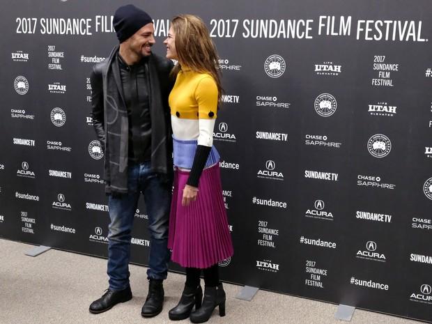 Cauã Reymond e Mariana Goldfarb em première de filme em Park City, Utah, nos Estados Unidos (Foto: Nicholas Hunt/ Getty Images/ AFP)
