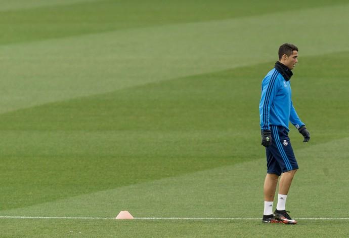 Cristiano Ronaldo treino Real Madrid (Foto: AP Photo/Daniel Ochoa de Olza)