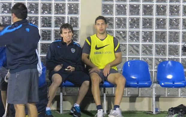 Mouche e Insaurralde Boca Juniors (Foto: André Casado / Globoesporte.com)