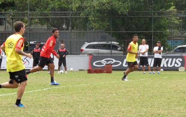 Ibson treino Flamengo (Foto: Janir Junior / Globoesporte.com)