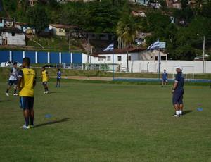Lino, técnico da equipe sub-17 do CSA (Foto: Jota Rufino / GloboEsporte.com)