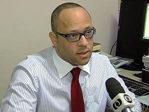 Procurador Fernando Carneiro diz que é alvo de retaliação após denúncias (Foto: Reprodução/TV Anhanguera)