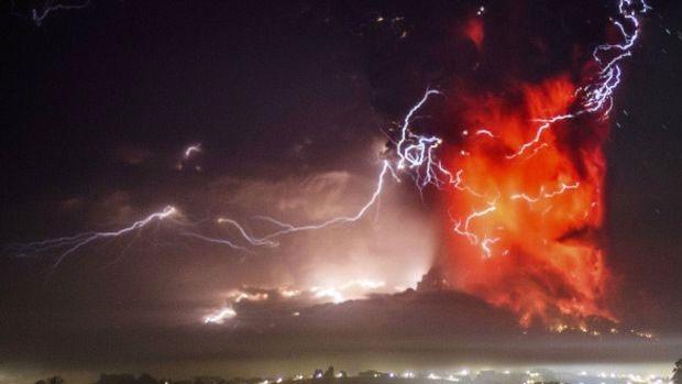 Chile tem ao menos 95 vulcões em atividade, segundo especialistas da área (Foto: AP)