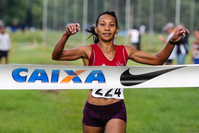 Cruz Nonata completou os 8km em 39min10s (Foto: Fernanda Paradizo/CBAt)