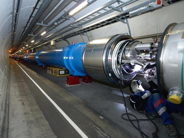 Estrutura do LHC, entre a França e a Suíça (Foto: Cern/Divulgação)
