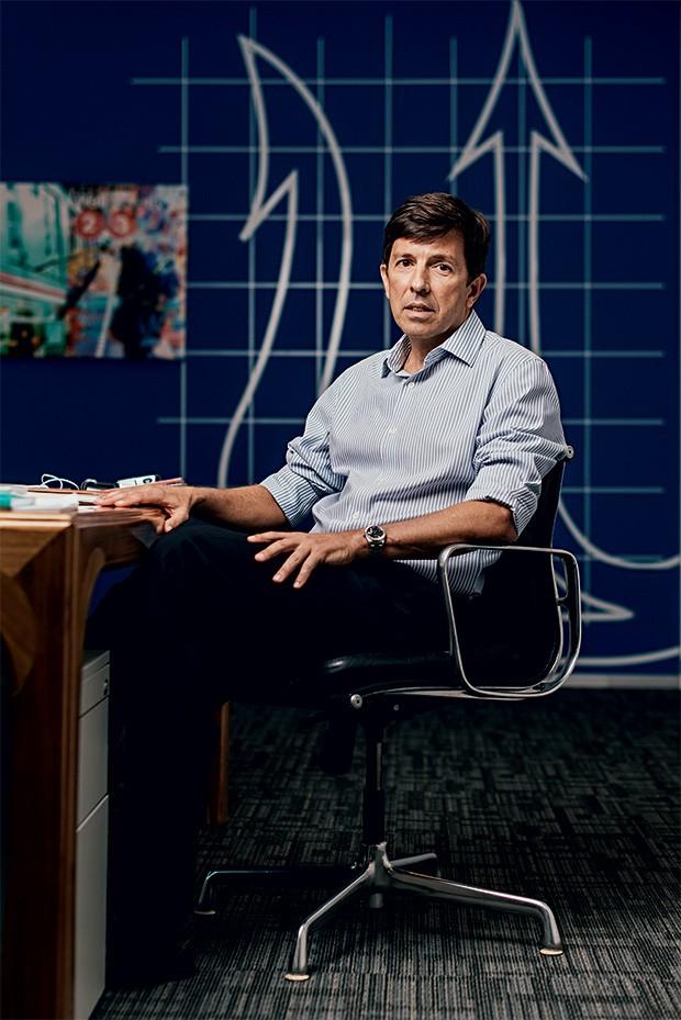 """MUDA MAIS João Dionísio Amoedo, do Novo, em seu escritório particular e sede do partido, em São Paulo. """"O agente de mudanças  é o indivíduo,  não o Estado"""" (Foto: Filipe Redondo/ÉPOCA)"""