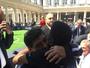 """Em evento, Pelé e Maradona selam a paz com abraço: """"Chega de brigas"""""""