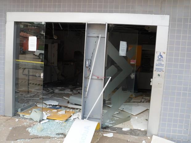Agência foi explodida na Bahia (Foto: William Boy/Jornal Informe Ativo)