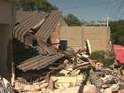 Caminhão perde freio e atinge três casas em Patrocínio Paulista, SP