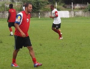 Fernandinho vira dúvida para a final do turno (Foto: Bruno Alves)