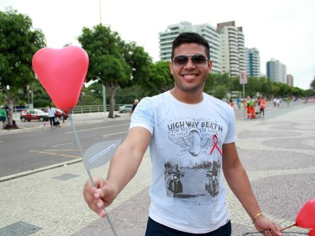 Ação mobilizou alunos do curso de Relações Públicas da Ufam (Foto: Jamile Alves/G1 AM)