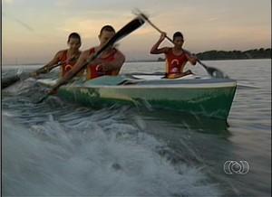 Canoístas representam o TO na Copa Brasil de Canoagem Oceânica em Brasília (DF) (Foto: Reprodução/TV Anhanguera)