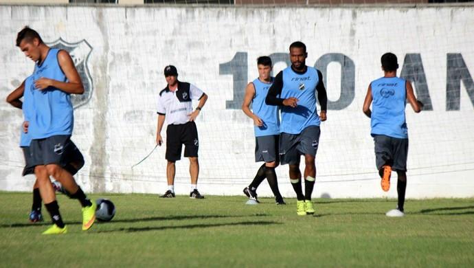 Zaquel ABC treino CT Alberi Ferreira de Matos (Foto: Divulgação/ABC)