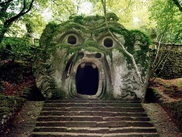 Parque dos Monstros, na Itália (Foto: Roberto Fogliardi/Creative Commons)