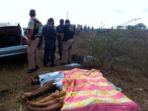 Acidente na BR 304 deixou quatro pessoas mortas (Foto: Ricardo Araújo/G1)